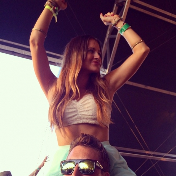 Wouldn't be another year at without getting on my loves shoulders! Take me back... music, sun, and an anniversary